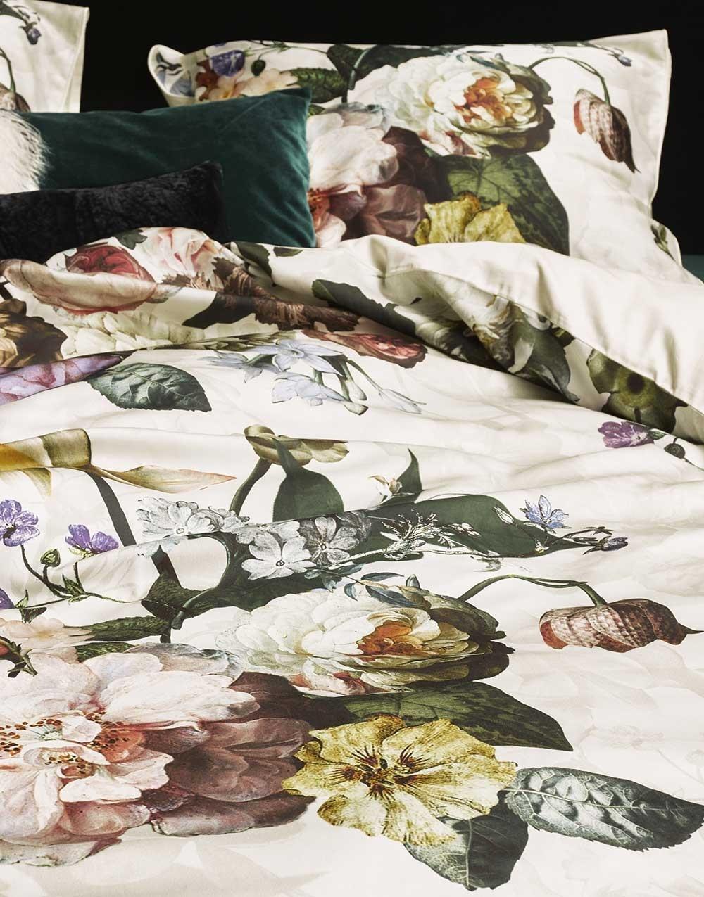 Ekstra Køb Fleur Ecru sengetøj 200x220 cm fra Essenza her. BC38