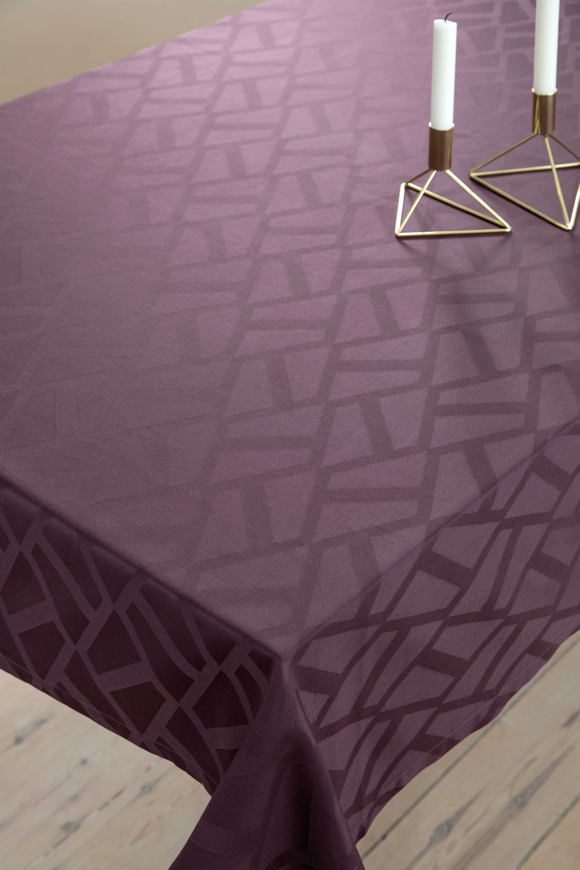 Compliments Damask dug - Ice Bordeaux
